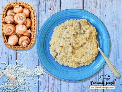 Risotto de champiñones, casero | Cocinando Vengo