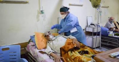 """Cuatro meses en un hospital de covid en Irak: """"Te tenías que insensibilizar a la muerte"""""""
