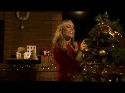 El blog de Ángela: Mis 5 canciones de Navidad favoritas de este año