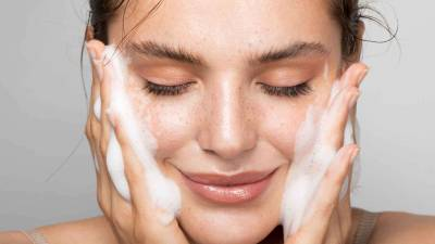 Aprende a limpiar tu rostro - Blog de Moda I Belleza I Tendencias - ByAlejandrA. es  2021