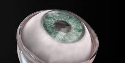 Un hombre ciego recupera la vista tras un implante de nuevo tipo de córnea artificial