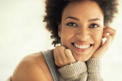 3 razones para limpiar la lengua - Clínica Dental Infante Don Luis : Clínica Dental Boadilla Majadahonda