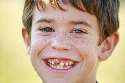 5 Razones para cuidar los dientes de leche - Odontopediatra en boadilla : Clínica Dental Boadilla Majadahonda