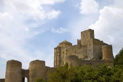 Excursión al Castillo de Loarre y Los Mallos de Riglos | Mi Siguiente Viaje