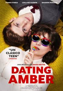 Crítica: 'Dating Amber'