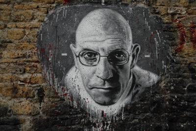 Michael Foucault y el poder: introducción a su pensamiento