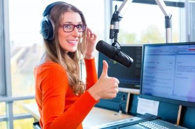 Cómo atraer clientes a tu negocio gracias a los podcast - Iván Patxi