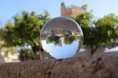 Experimentando con una bola de cristal - Antonio García Prats