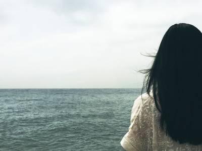 El estrés afecta al crecimiento del pelo