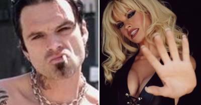 Sebastian Stan y Lily James hacen una increíble transformación