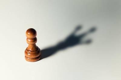 Confiar en alguien: 10 Señales para no hacerlo • Neurita | Blog de Psicología
