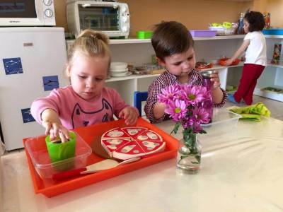 Claves para entender al niño antes de aplicar Montessori en casa