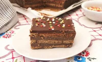 Mis Recetas de cocina y trucos: Tarta de galletas con crema de chocolate