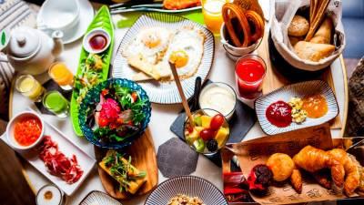 Un brunch de domingo con lo que más les gusta - Comer en Madrid - QHN