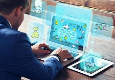 ¿Qué estrategias y herramientas digitales se pueden emplear para potenciar un negocio?